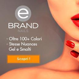 Linea Ebrand Nails
